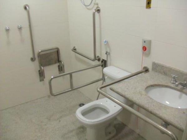 Barras para lavabo - CNN INOX ESCADAS E CORRIMÃO 42e7fb3afb46